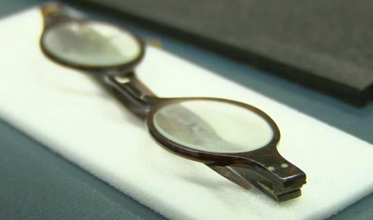 Jane Austen's Poisonour Glasses
