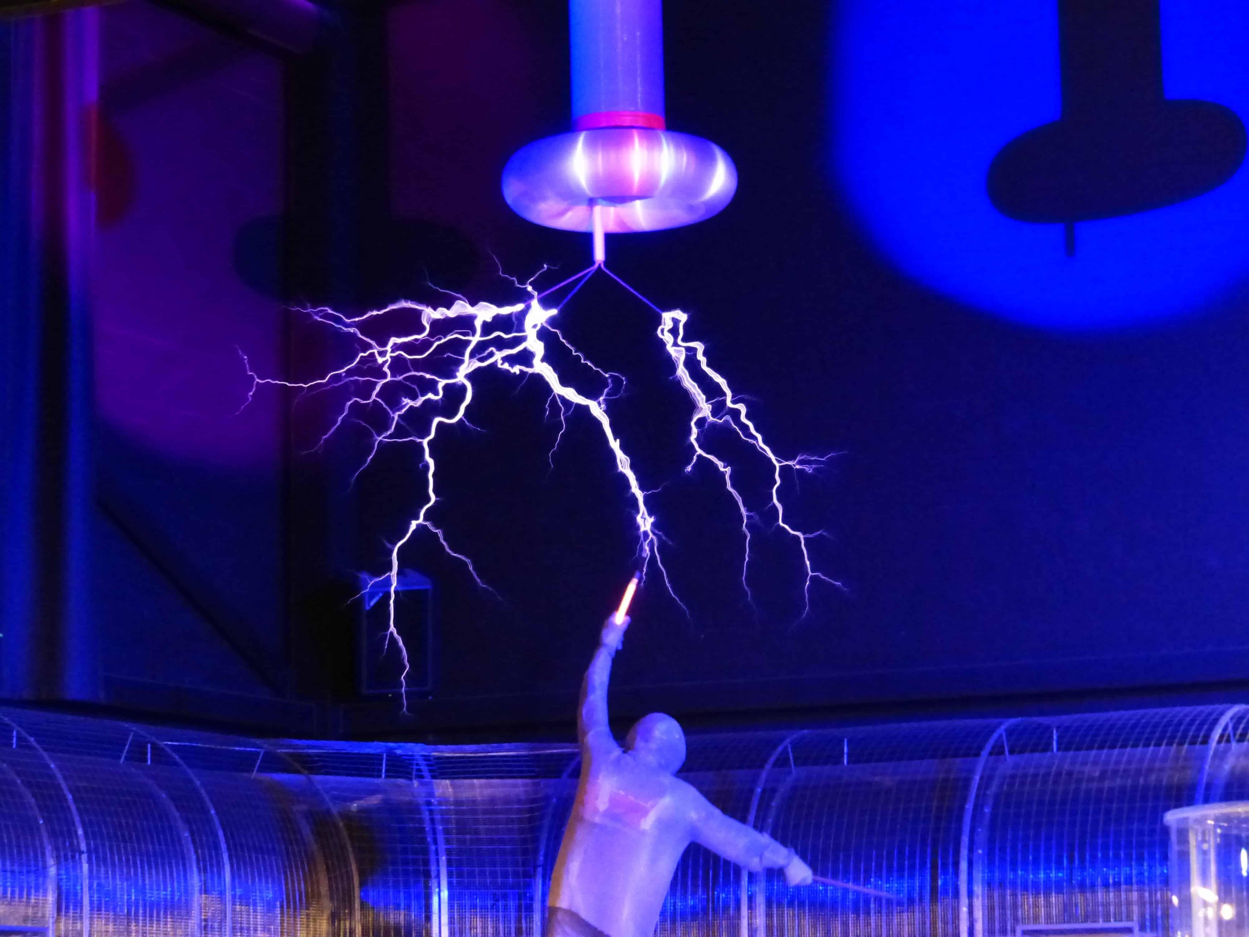 flash-tesla-coil-experiment-high-voltage-68481