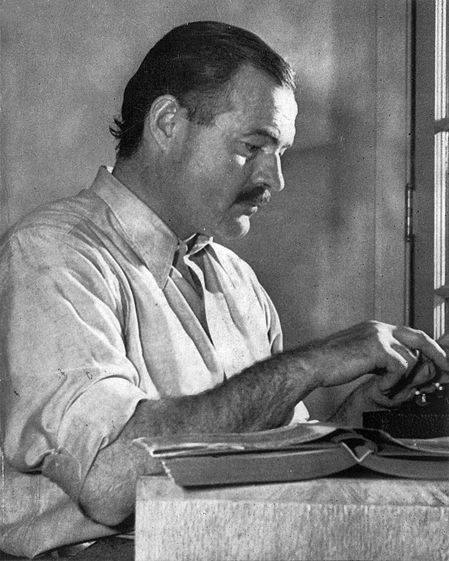 "2894281babc0e765cb2672444e3a5678 - The Sun Has Risen on Hemingway's ""Clutter"" Archive"