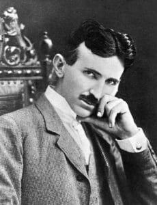 0021daf005d469a8fa5a08890331f5e7 230x300 - Nikola Tesla