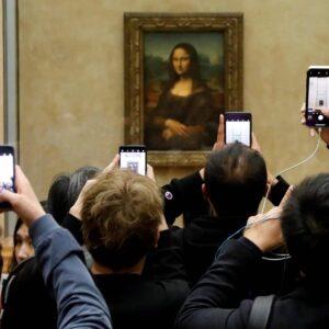 abf37cee1a014fcbedd49fe1e039723b 1 300x300 - Mona Lisa