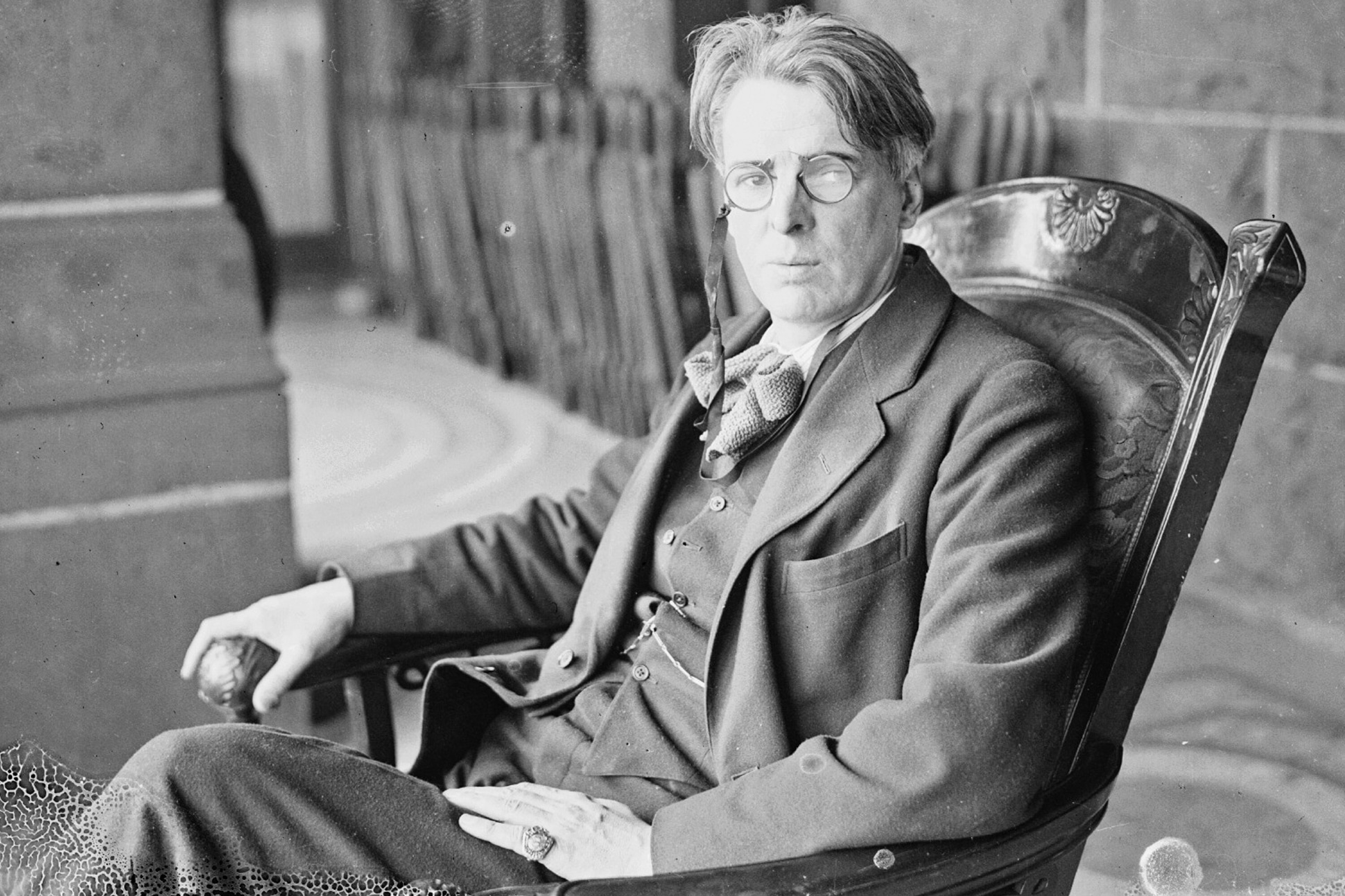 fd65e567a3be4de801f916067cb9fe85 5 - 10 Things You Might Not Know About W.B. Yeats